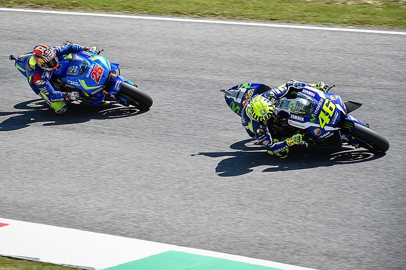 """""""Slipstreamen van Rossi is bedrog"""" zegt Lorenzo; Viñales countert"""