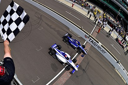 Dean Stoneman gewinnt Indy-Lights-Fotofinish in Indianapolis