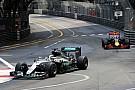 Mercedes onder druk: