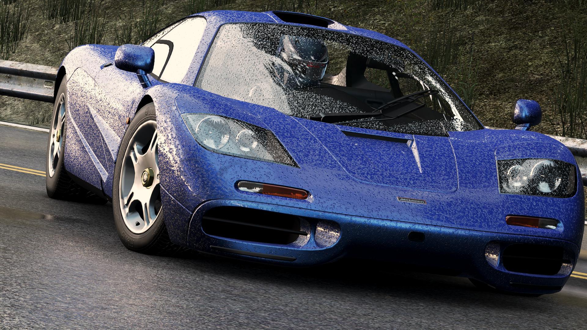 PC-n tesztelnénk autó-és motorsportos játékokat: Legyél te az F1-live.hu új partnere!