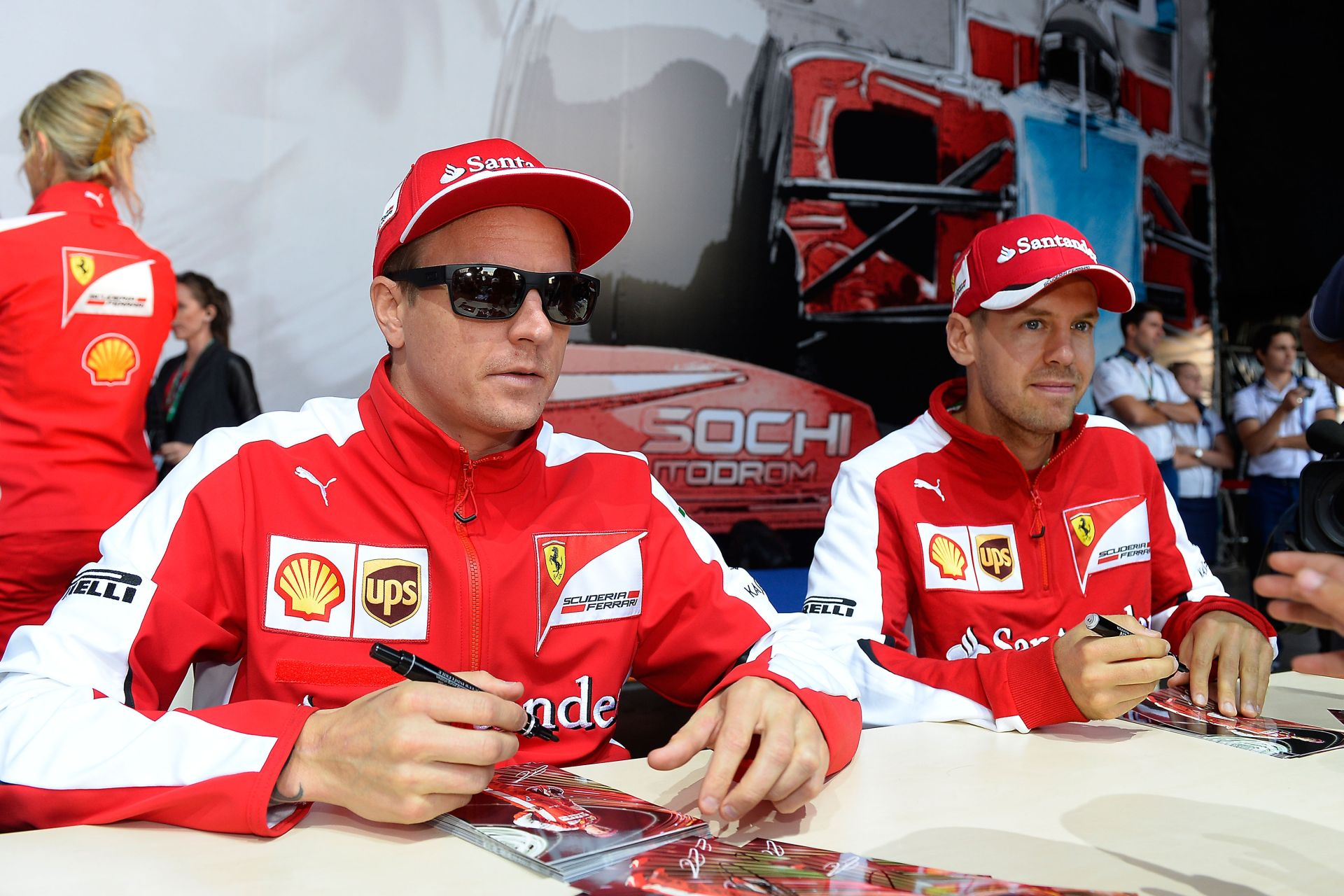 Vettel ismét pajzán humorral hessegette el, hogy Michael Jackson akart volna lenni kiskorában!