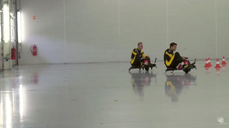 Jobb, mint amit a pályán vezetnek: Magnussen és Palmer őrült versenye