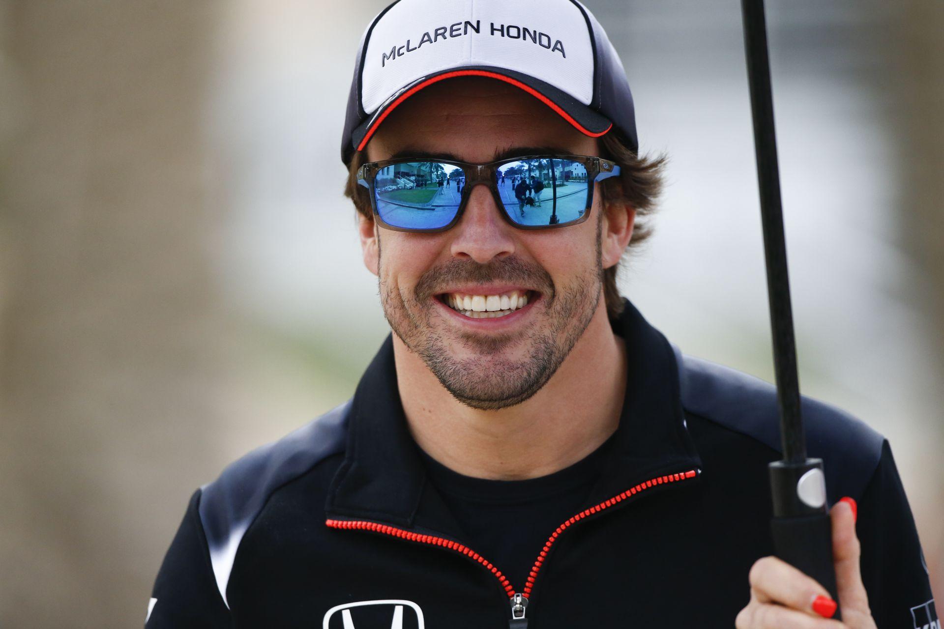 Már meg is van Alonso új barátnője? Egy újabb modell, aki eszméletlenül jól néz ki
