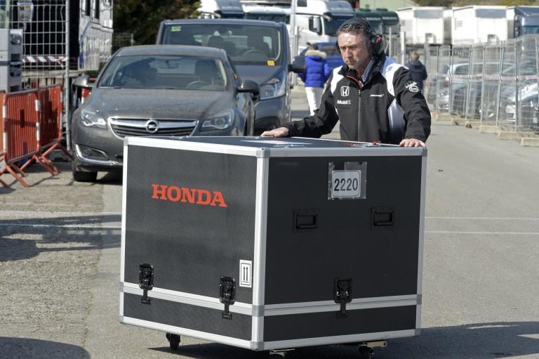 Két lépcsőben fejleszt a Honda, jövőre teljesen új koncepcióra lesz szükség