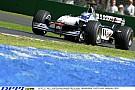 15 éve ilyen menő volt a Forma-1: elképesztő hangok a McLaren-Mercedestől Melbourne-ben