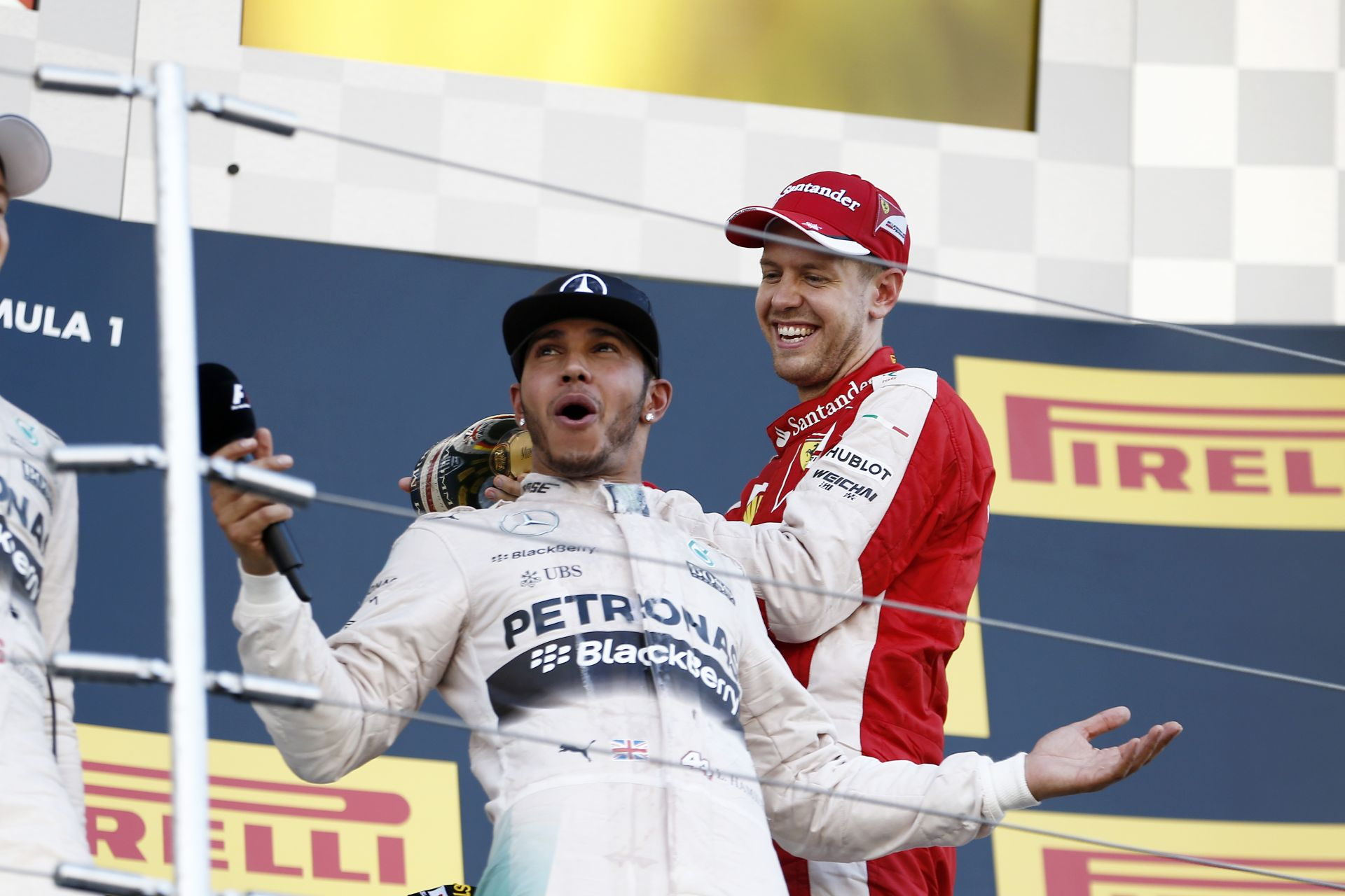 A Red Bull szerint Hamilton és Vettel soha nem fog ugyanabban a csapatban versenyezni