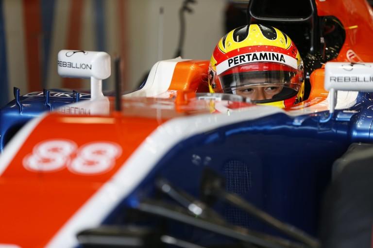3 helyes rajtbüntetést kapott az F1-es újonc az amatőr hibája miatt