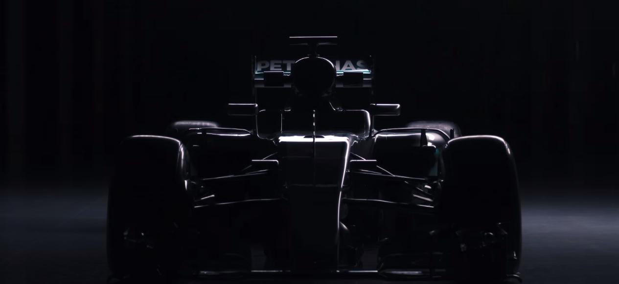 Új hivatalos HD videó a Mercedes idei F1-es gépéről: W07 Hibrid