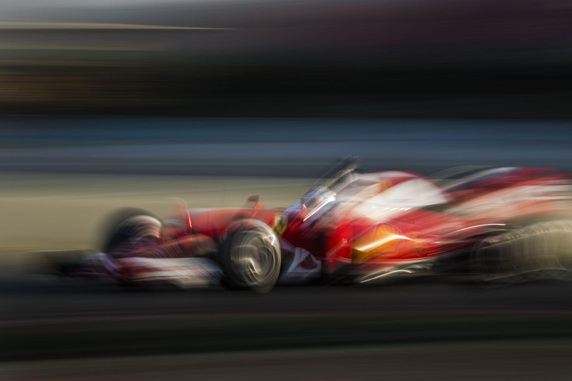 Vettel zseniálisan megy a Ferrarival: de mi van Raikkönennel?