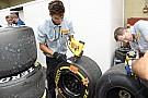 Pirelli: 1000 szakember dolgozik a versenygumikon!