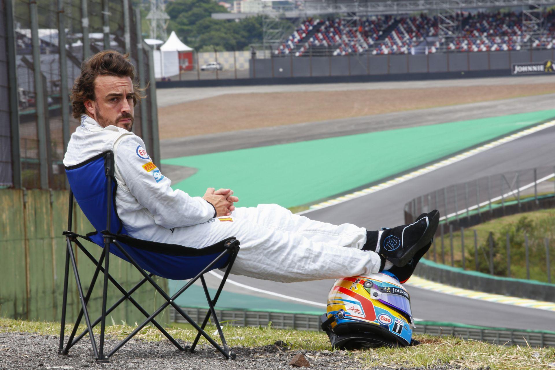 Alonso évi 80 millió eurós fizetésért eltűrne még egy gyenge évet a McLarennél?