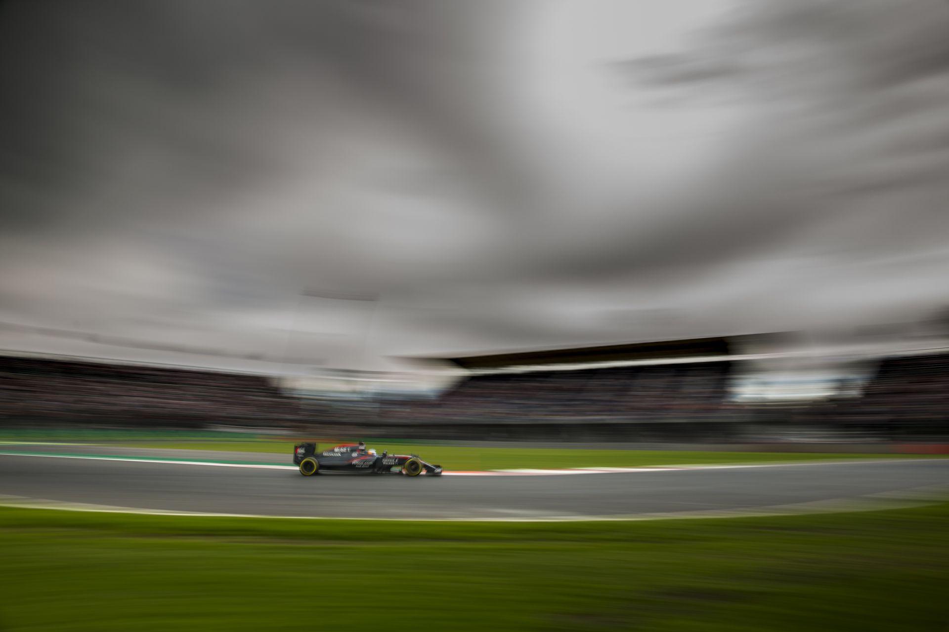 Button és a McLaren-Honda is felkészült a legrosszabbra Mexikóban ... és bejött!