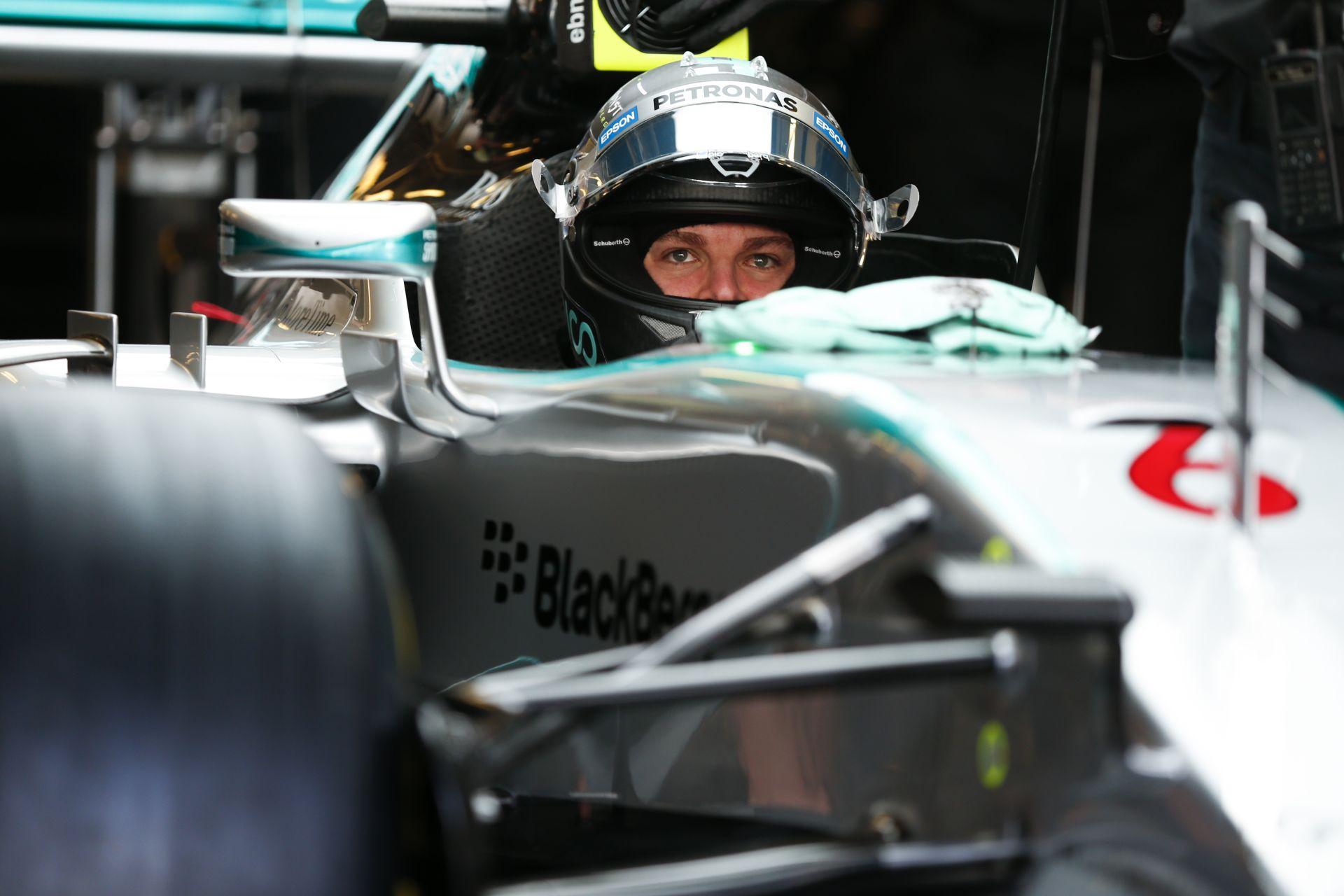 Rosberg egy agyonhasznált motorral verte el Hamiltont az utolsó szabadedzésen: Vettel 3., Pérez 4., Raikkönen 5.