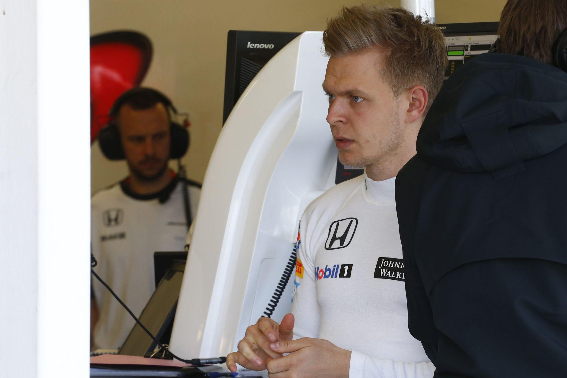 Magnussen a Mercedessel tesztel a DTM-ben!