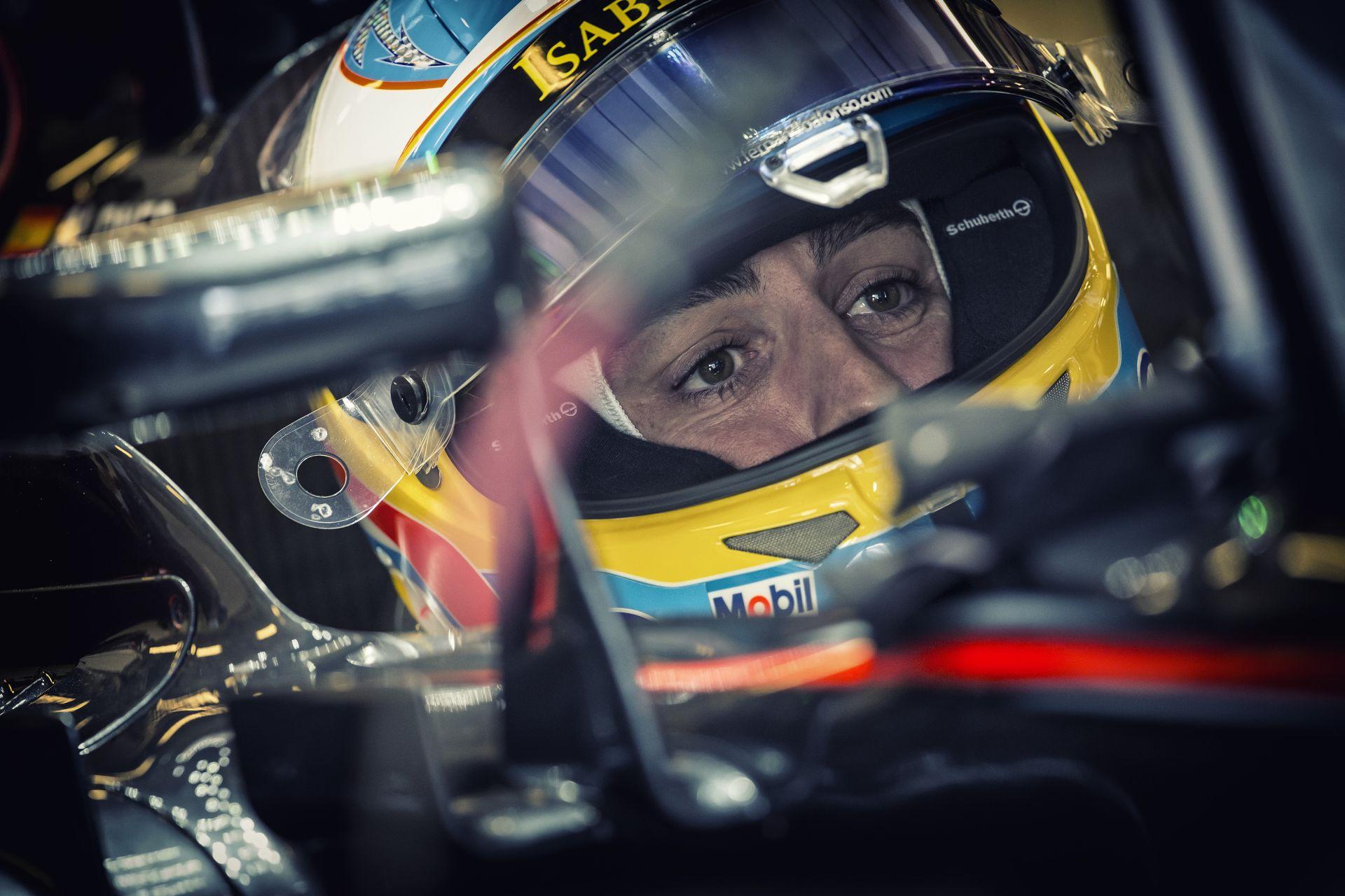 Alonso elismerte, hogy az egy év kihagyás valóban szóba jött a McLaren elnökével!