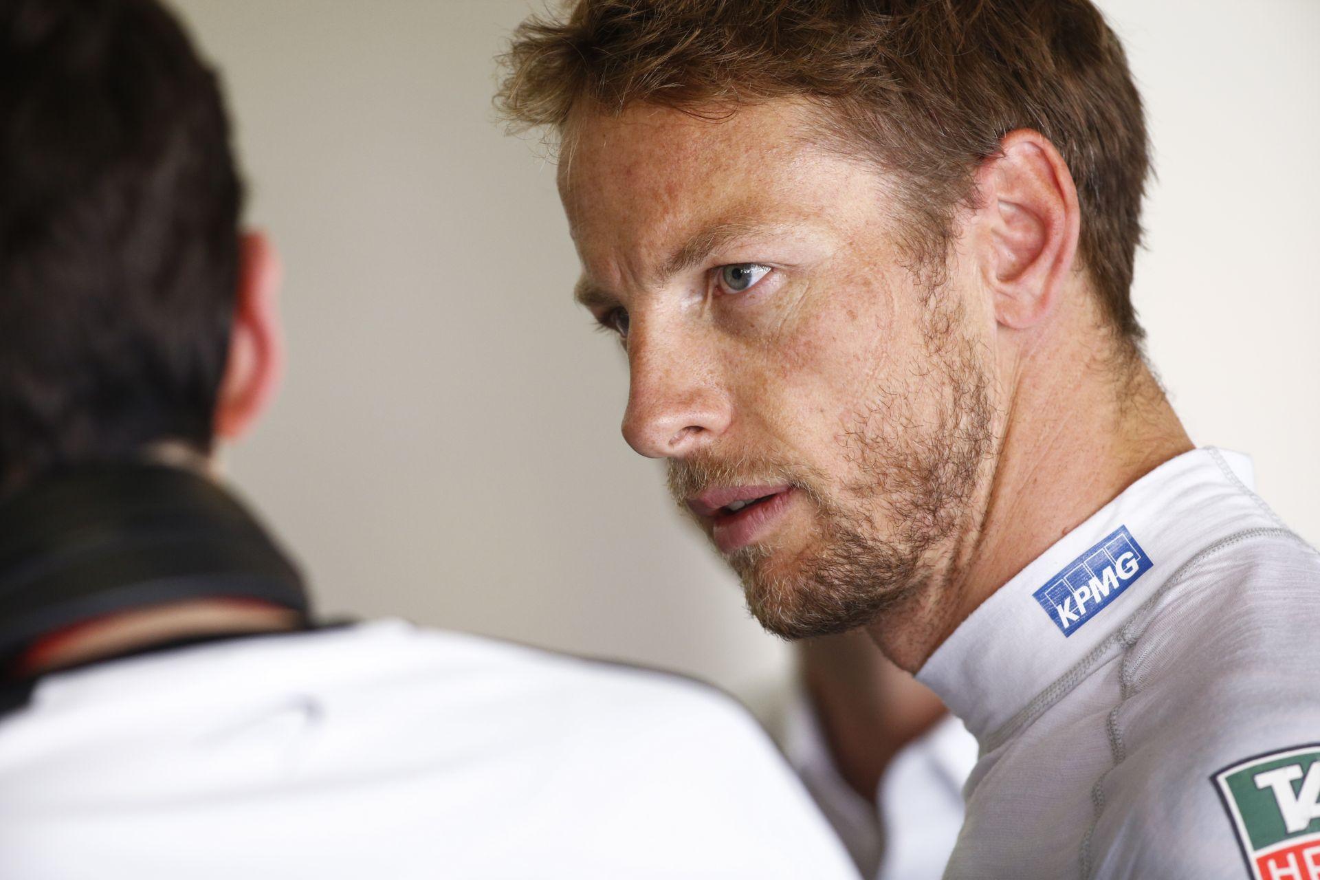 """Button: """"Nem tudom, hogy pontosan mekkorát lép majd előre a McLaren télen, de ez nagy lesz!"""""""