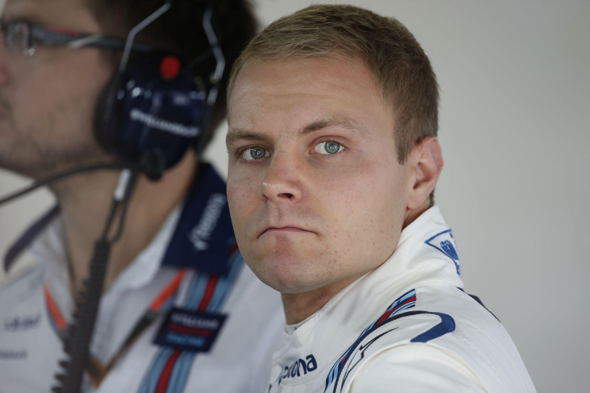 Bottas szerint nem versenybaleset volt az ütközése Kimivel!