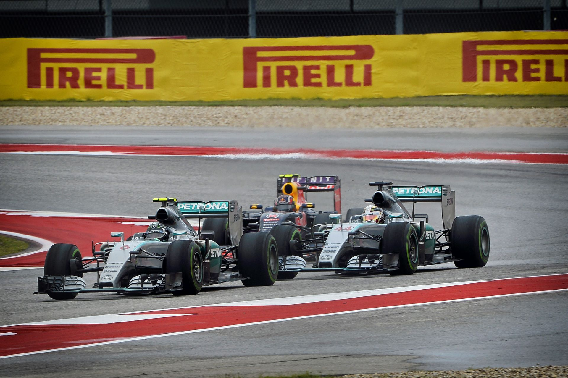 A Mercedes akár hátra is dőlhetne Mexikóban... de nem fognak!
