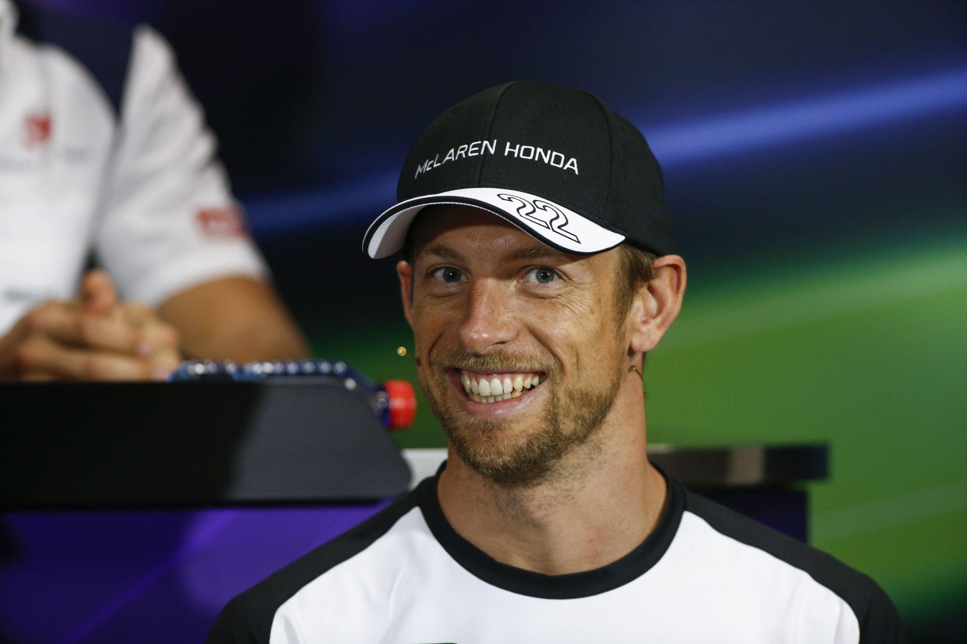 Button aggódik a szmog miatt, nem beszélve a jövőjéről: McLaren vagy semmi