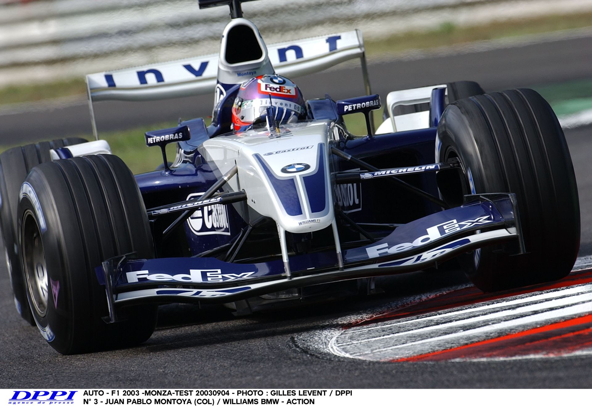 Montoya és egy ultra kemény kör Monzában a V10-es Williams-BMW-vel