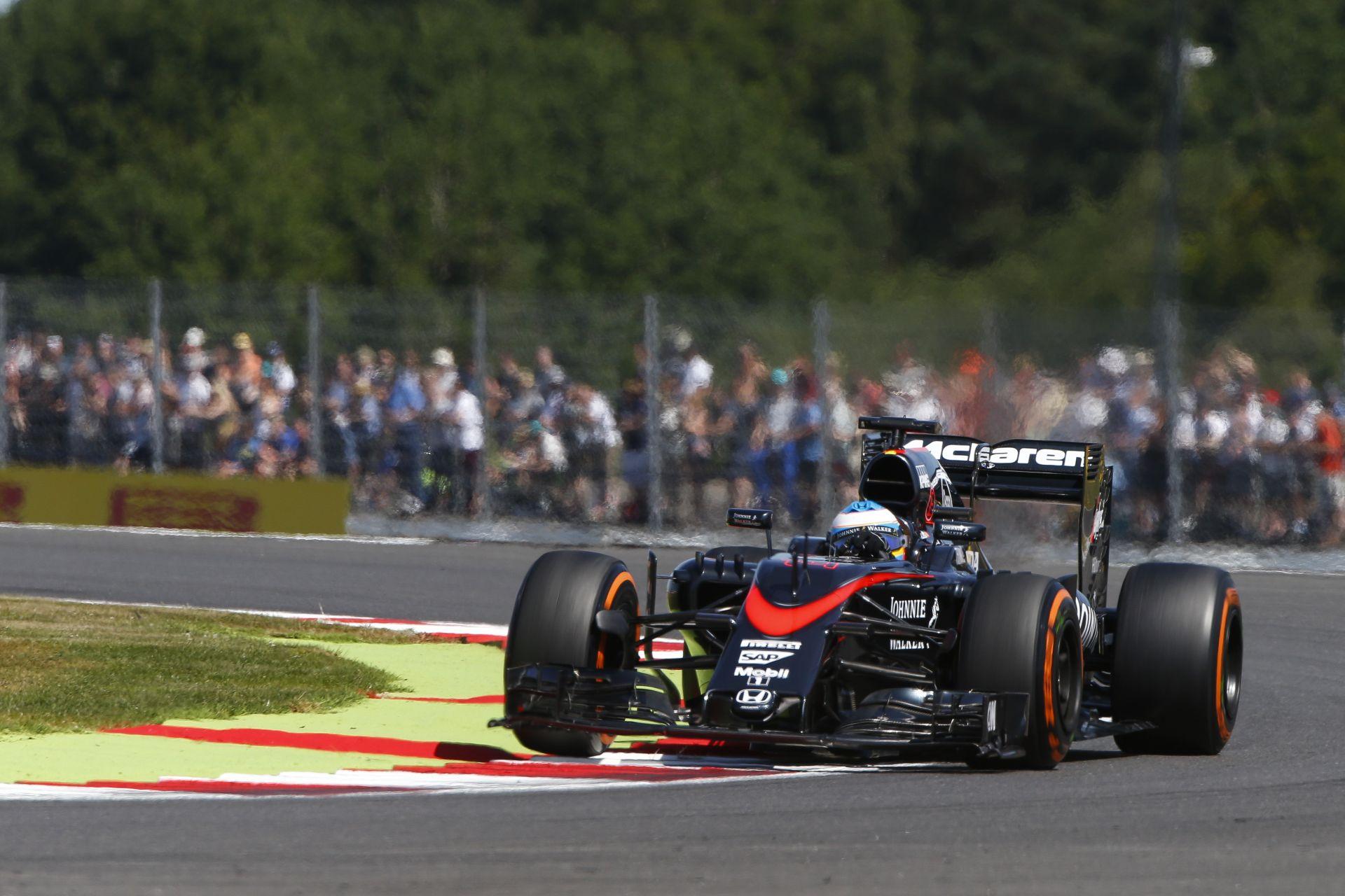 Pérez: Mindenki többet várt ennél a McLaren-Hondától…
