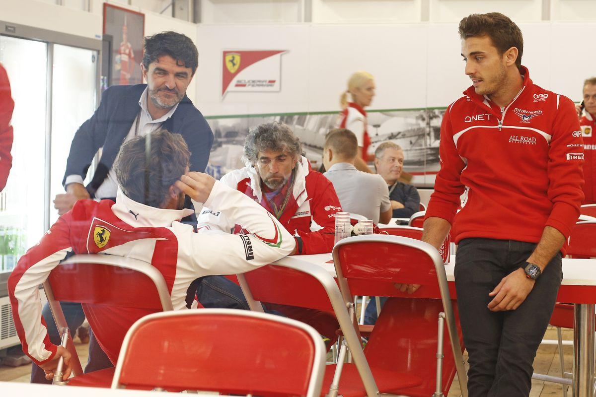 Alonsóék egyetlen szót sem váltottak a McLarennel - a Ferrari nem siet, Mattiacci intézkedik