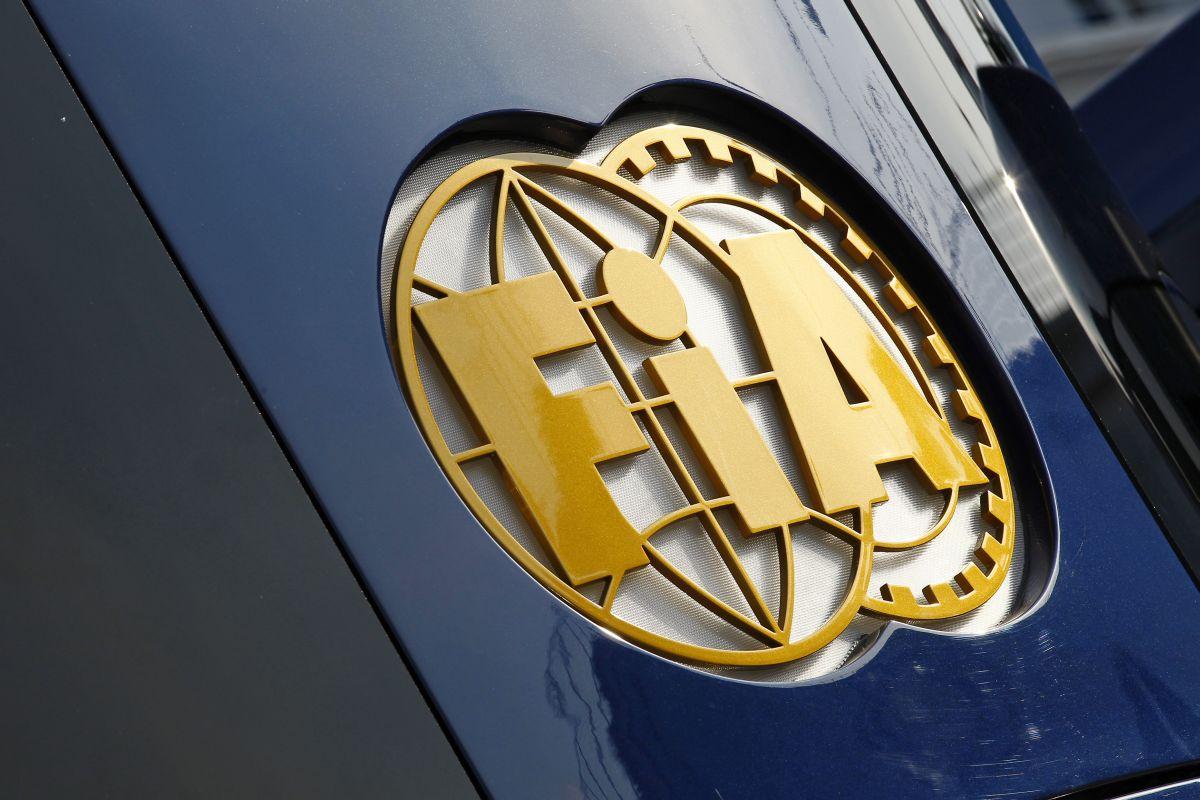 Az FIA nem magát, hanem Bianchi-t védi azzal, hogy visszatartja a bizonyítékokat