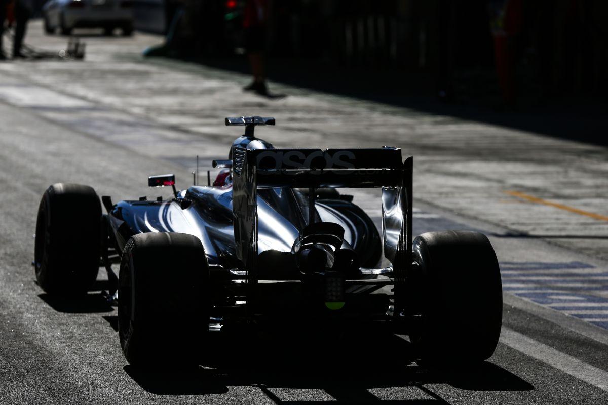 Button reméli, jól dönt a McLaren: Magnussen számára nagyobb a nyomás
