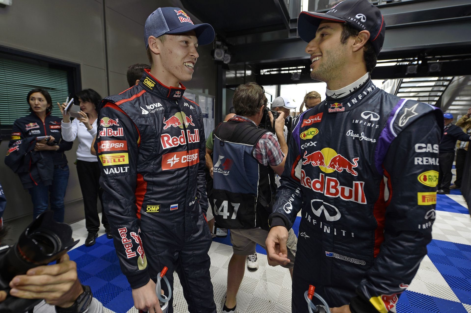 Ricciardo: Kvyat hasonló kockázatot jelent a Red Bullnál, mint én voltam