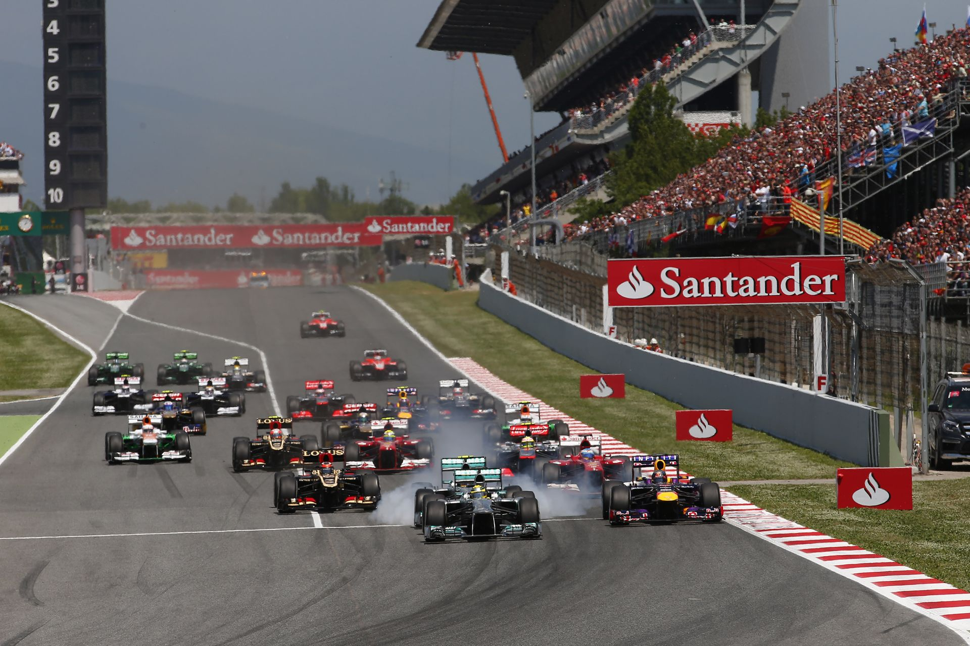 Barcelona a Forma-1-ben marad, Madrid utcai versenypályája ide, vagy oda