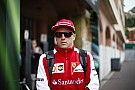 Kimi Räikkönen, aki Jégembernek álcázza magát a Forma-1-ben