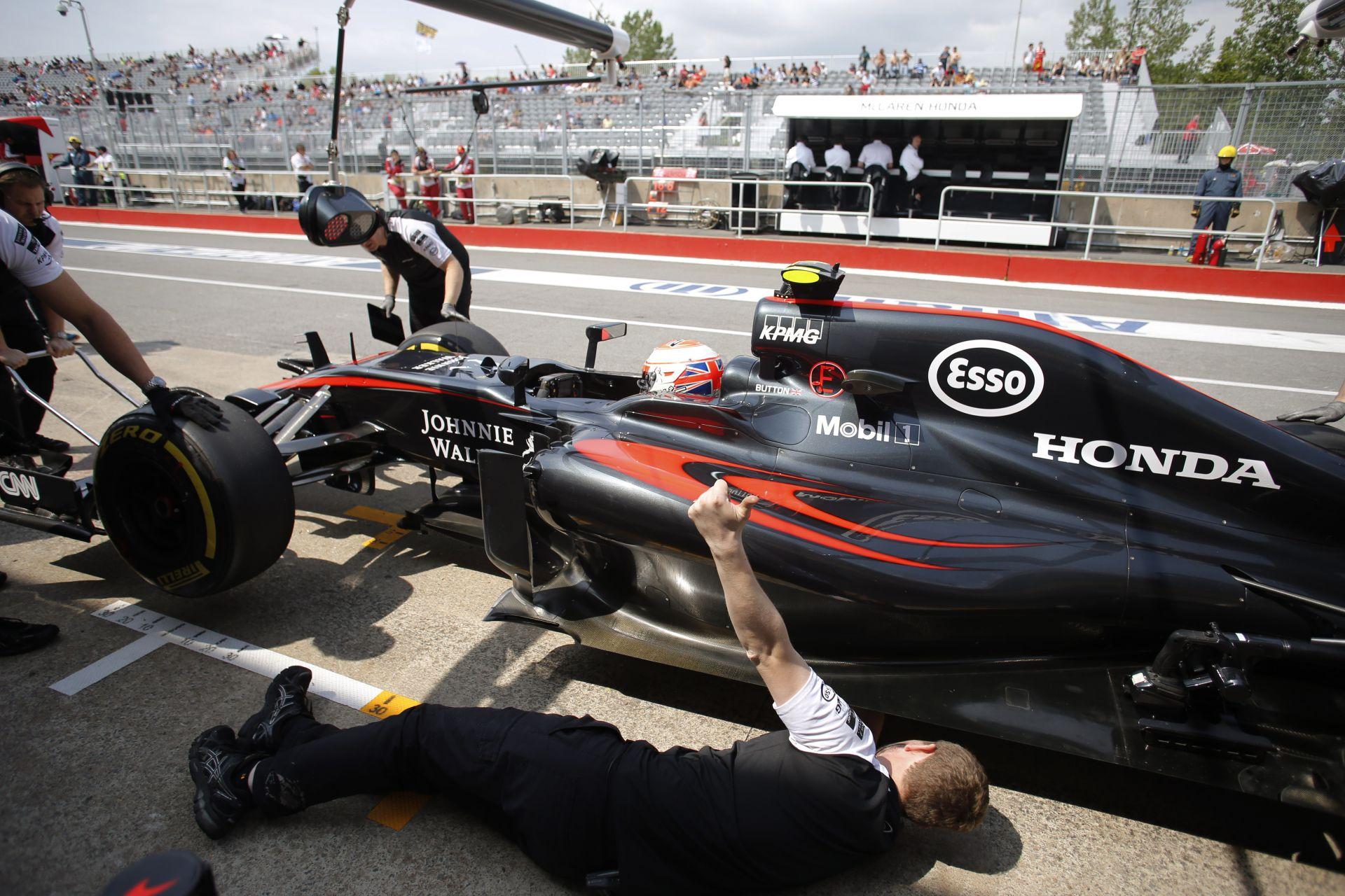 Button: Remélem, ezen a hétvégén gyorsabb lesz nálam Alonso