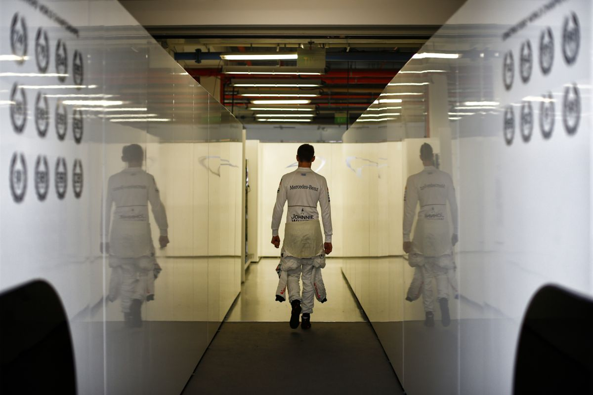 Button: sok lecke vár a Hondára, hogy le tudják győzni a Mercedest!