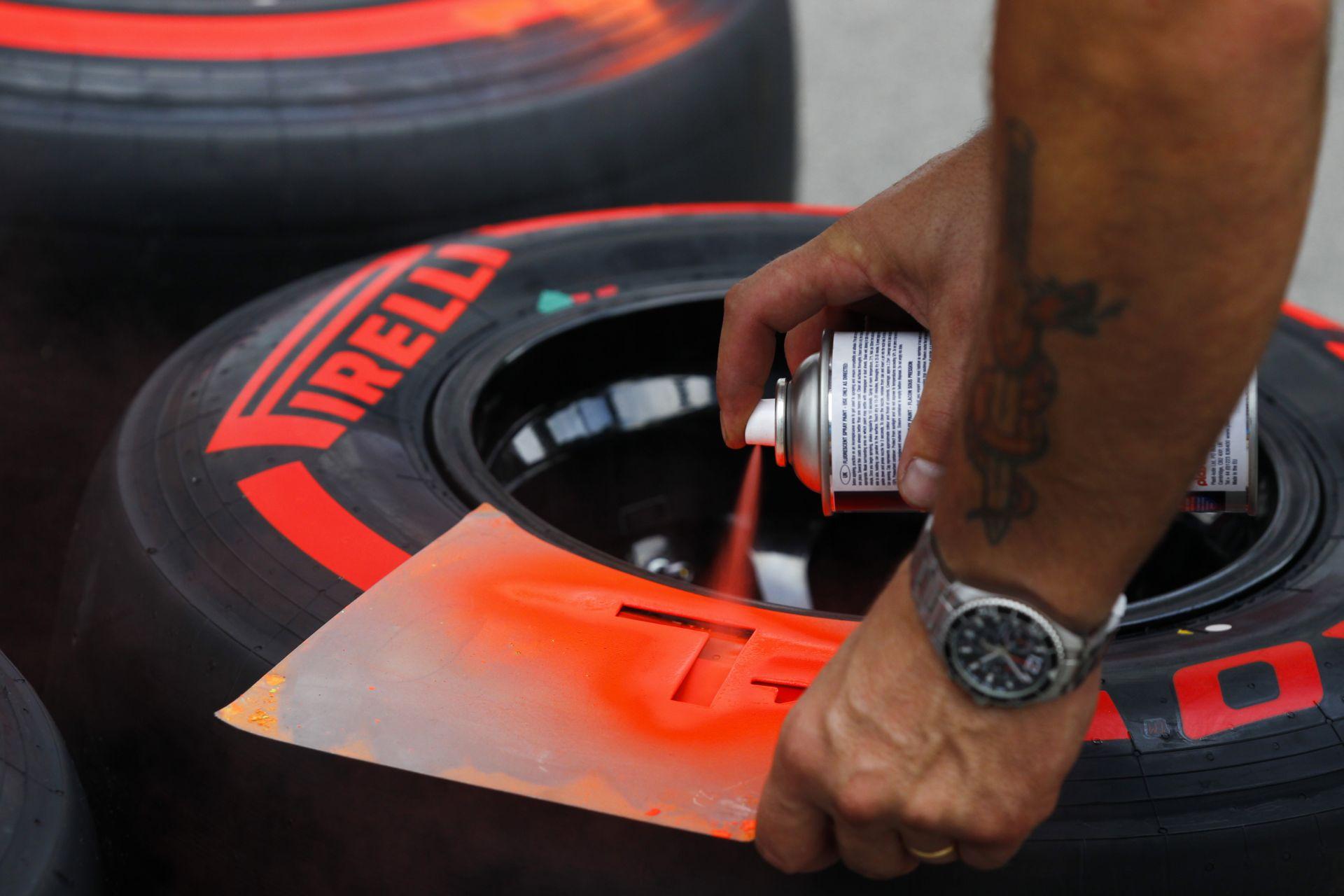 Pirelli: Lehetetlen megoldani, hogy a csapatok válasszák ki a gumikeverékeiket