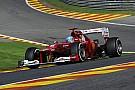 Centiken múlott Alonso élete: Grosjean becsapódik Spa-ban a rajtnál