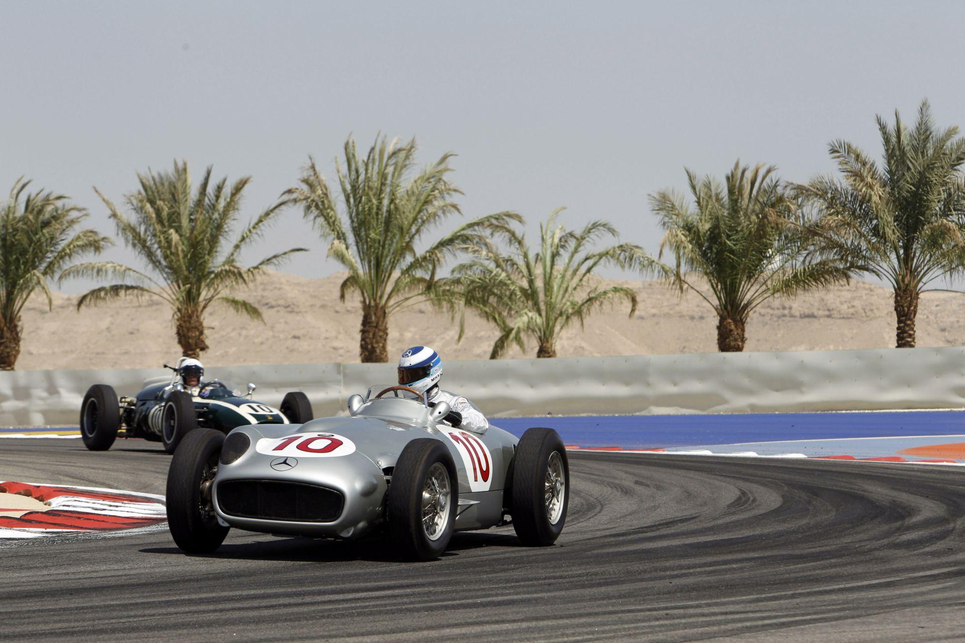 A múlt és a jelen eszmecseréje: Stirling Moss & Lewis Hamilton