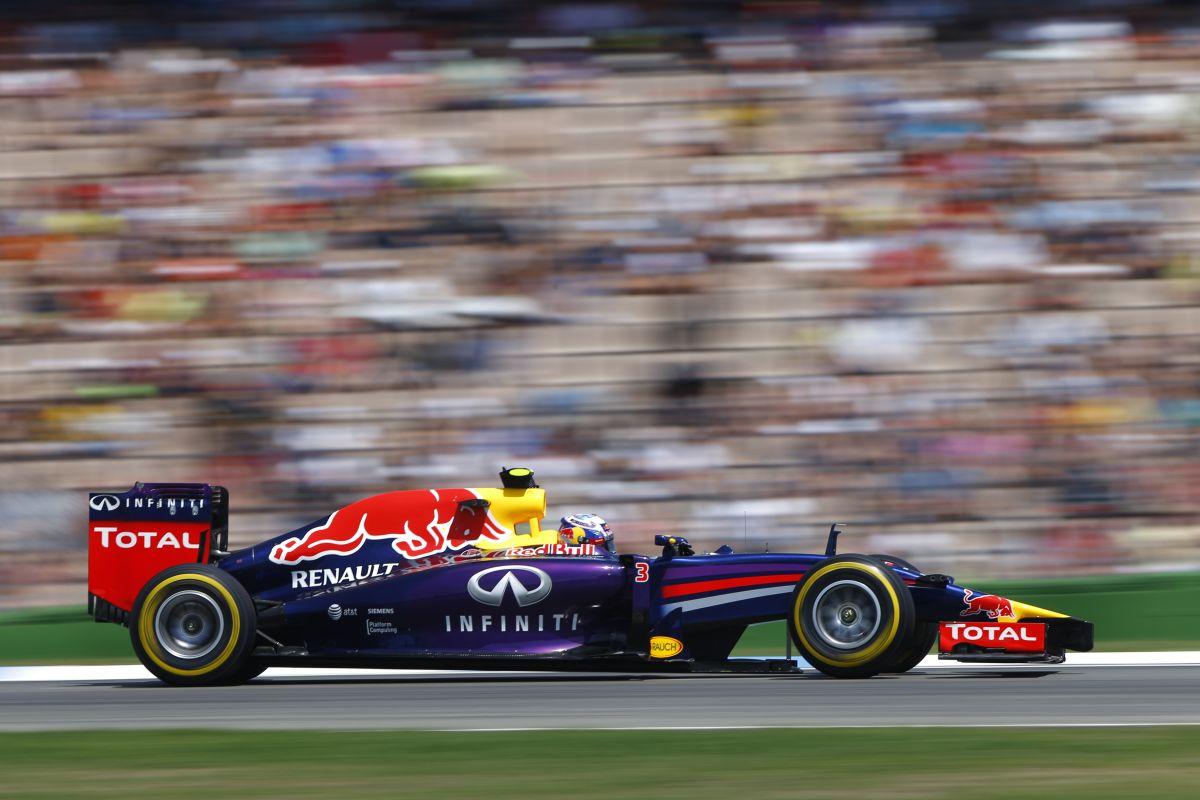 Ricciardo remek harcot vívott Alonsóval: ezekért a pillanatokért él