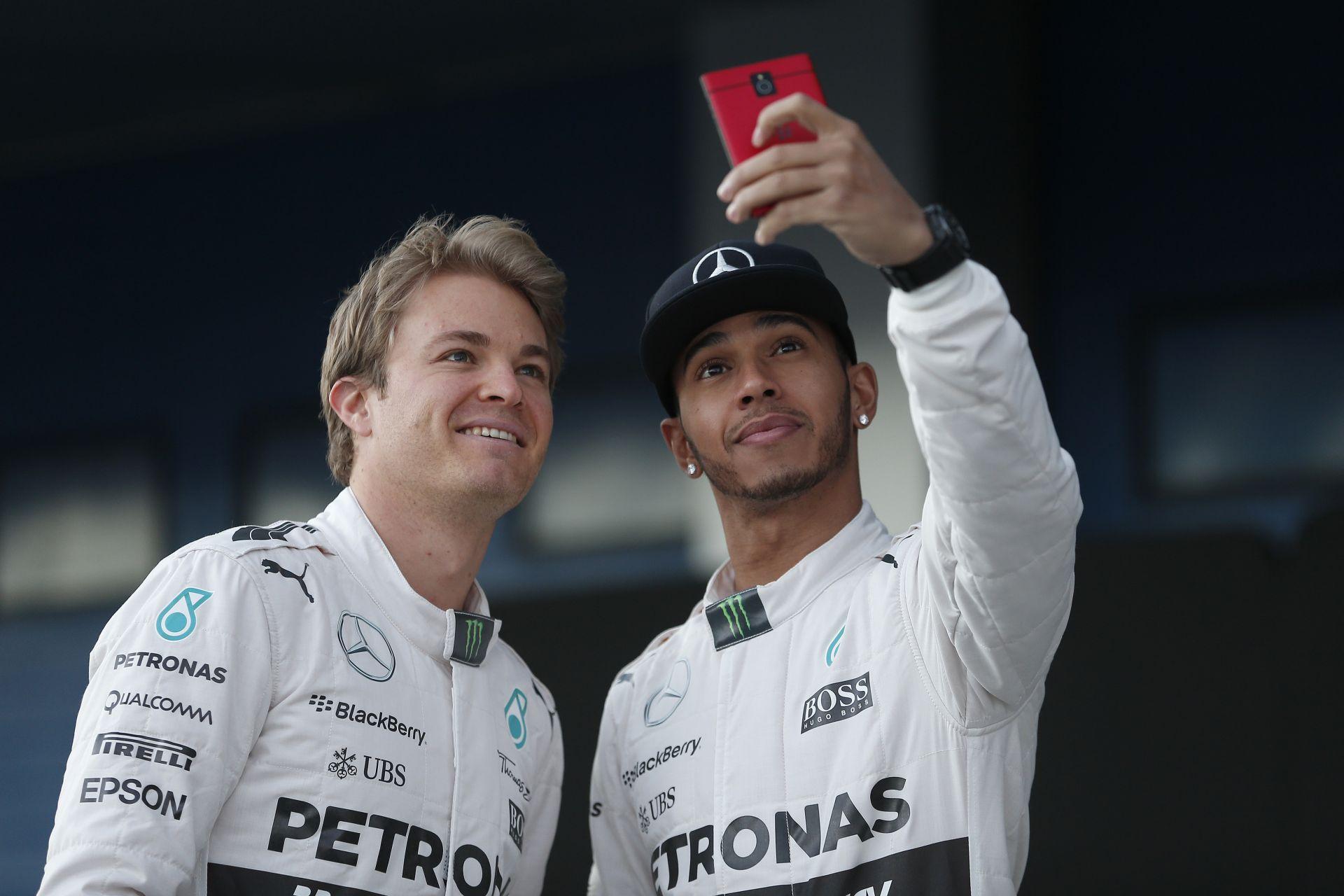 Hamilton örök másodikat csinál a folyamatosan síró Rosbergből? Nem érhet Lewis nyomába