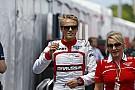 Hivatalos: Chilton három helyes rajtbüntetést kapott Bianchi kilökése miatt