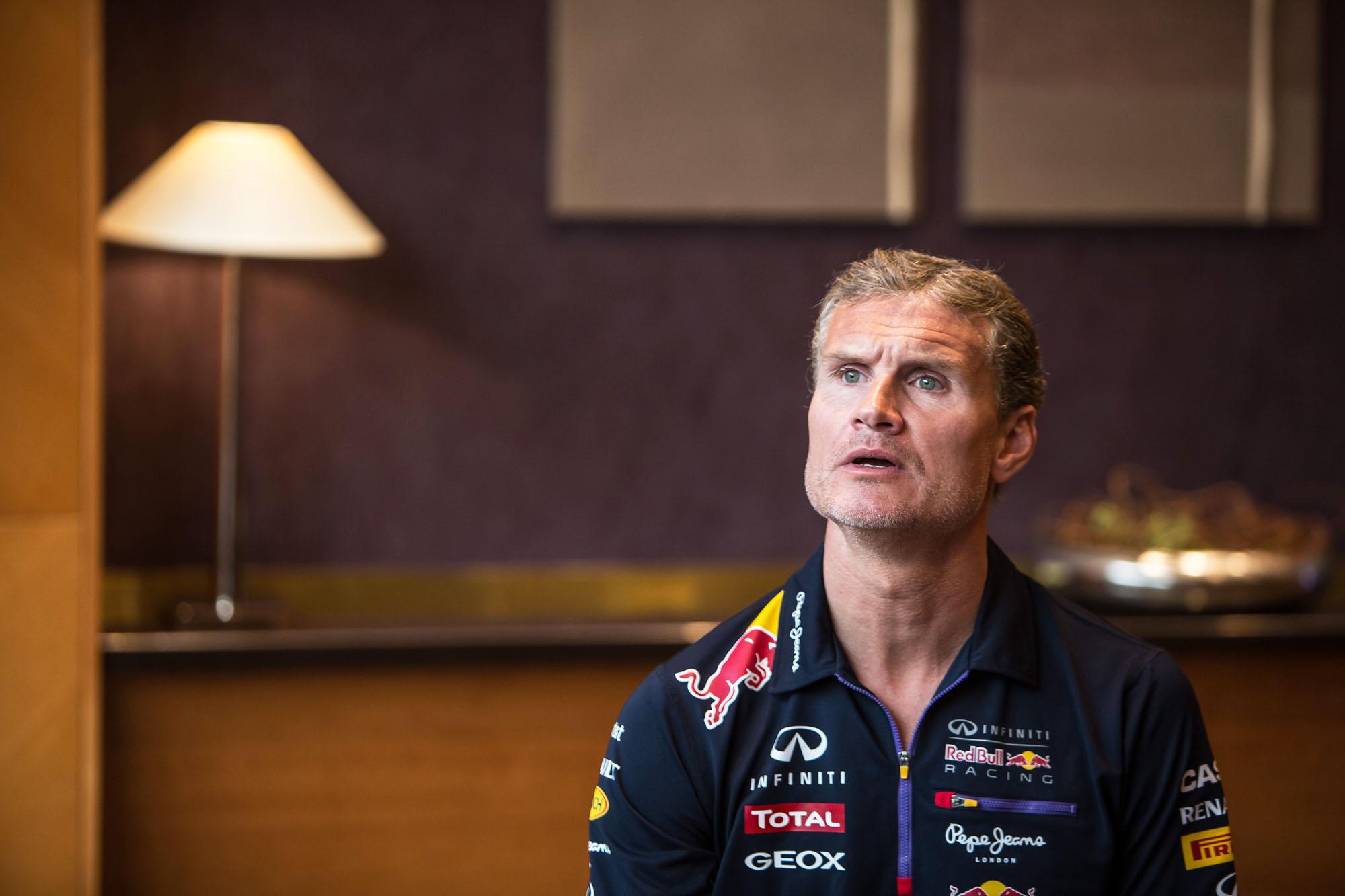 Mercedes-motort a Red Bullba - Coulthard a zene miatt megy rock koncertre, nem beszélgetni