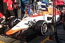 Itt a Manor F1 Team 2015-ös gépe, teljes egészében