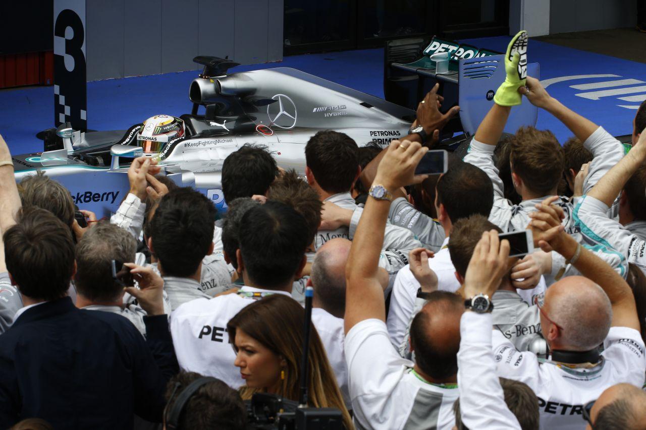 Hamilton: 100 százalékon kell lenni, mert azonnal ott van Nico!