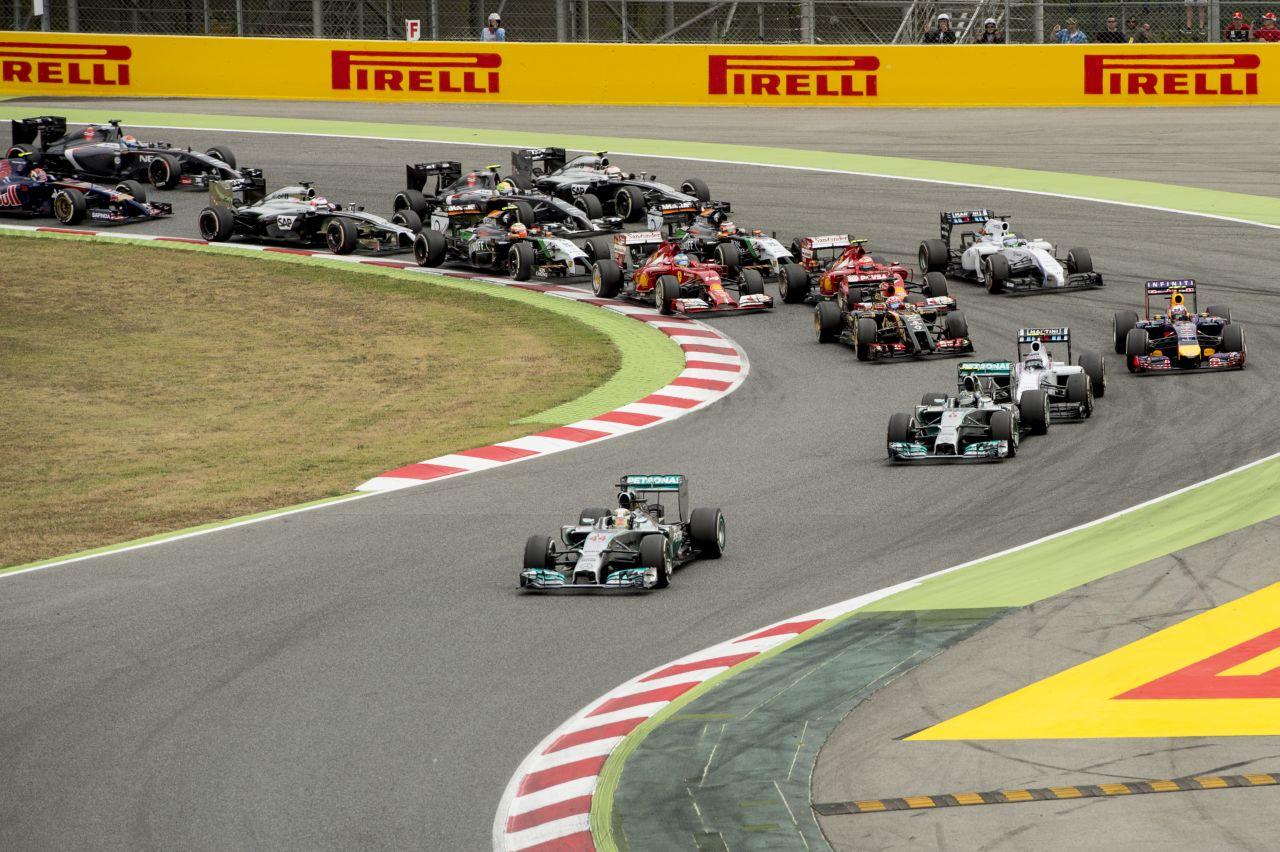 A teljesítményre is hat a Mercedes új kipufogója: 20 decibel kell a boldogsághoz