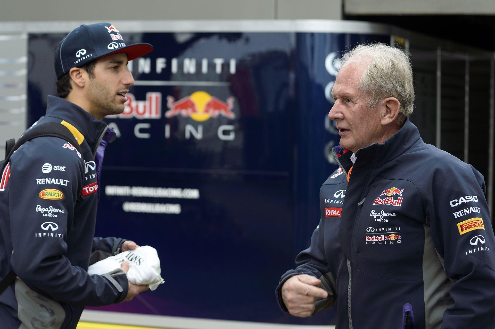 Ricciardo is csak fogja a fejét, hogy milyen gyenge a Red Bull a Renault miatt