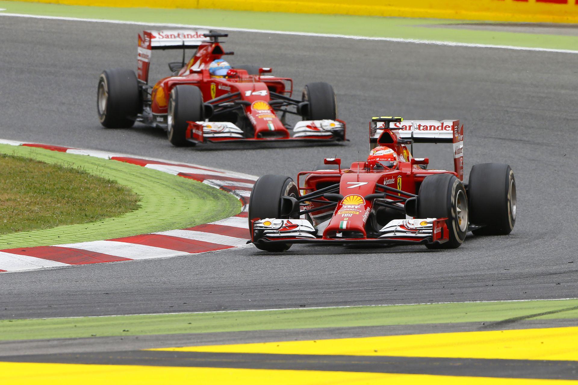 Raikkönen kérdőre vonta a Ferrarit Barcelonában a leintés után: Itt a csapatrádió!