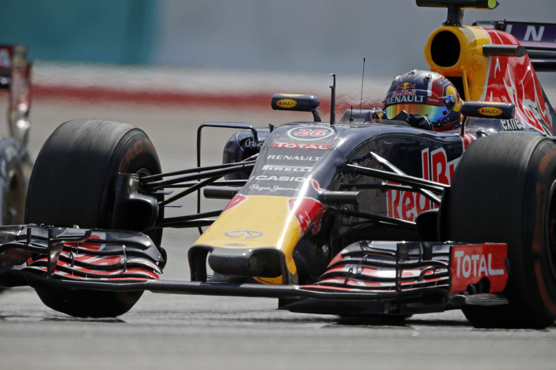 Hülkenberg kiütötte a Red Bullt: Kvyat tehetetlen volt Malajziában