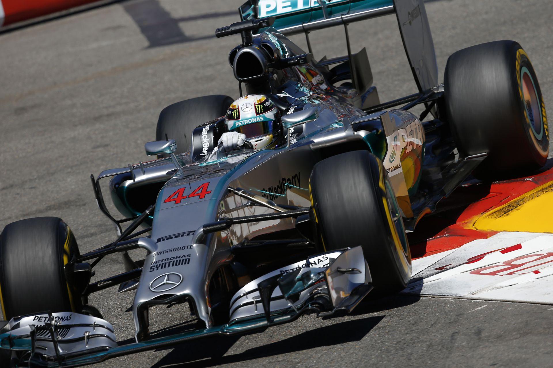 Levezető kör: Hamilton is trükközött Monacóban? Nem is fájt a szeme? Alonso mindig Raikkönen előtt lesz!