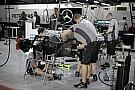 Üzemanyag-zabáló V8-asok vagy haladás a korral: érvek és ellenérvek, Newey nem boldog