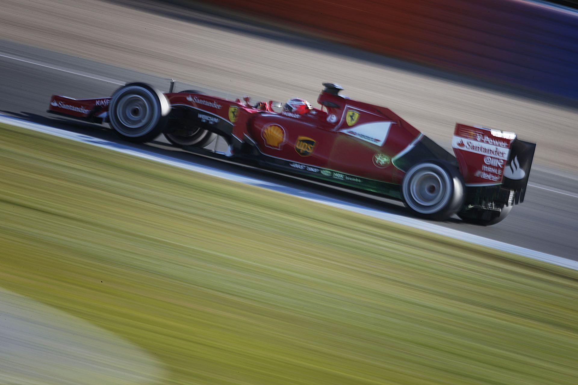 """A Ferrari nem módosít a tervén: Raikkönen és Vettel autója gyors, de nem """"űrautó"""""""