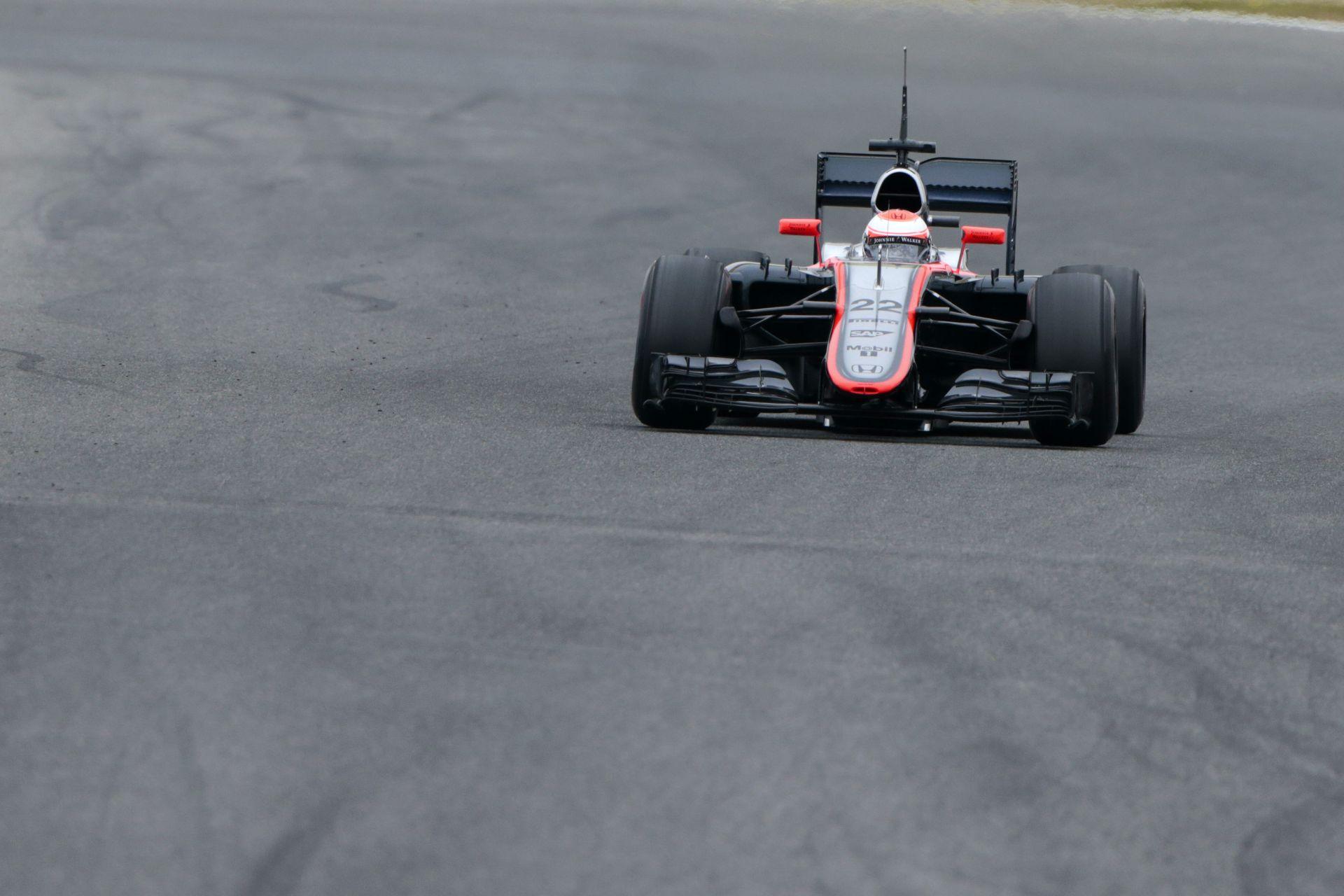 """Egyelőre biztosan nem tervez """"B-autót"""" a McLaren-Honda, bármekkora is a baj"""